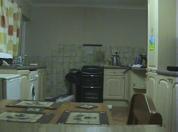 Полтергейст на кухне